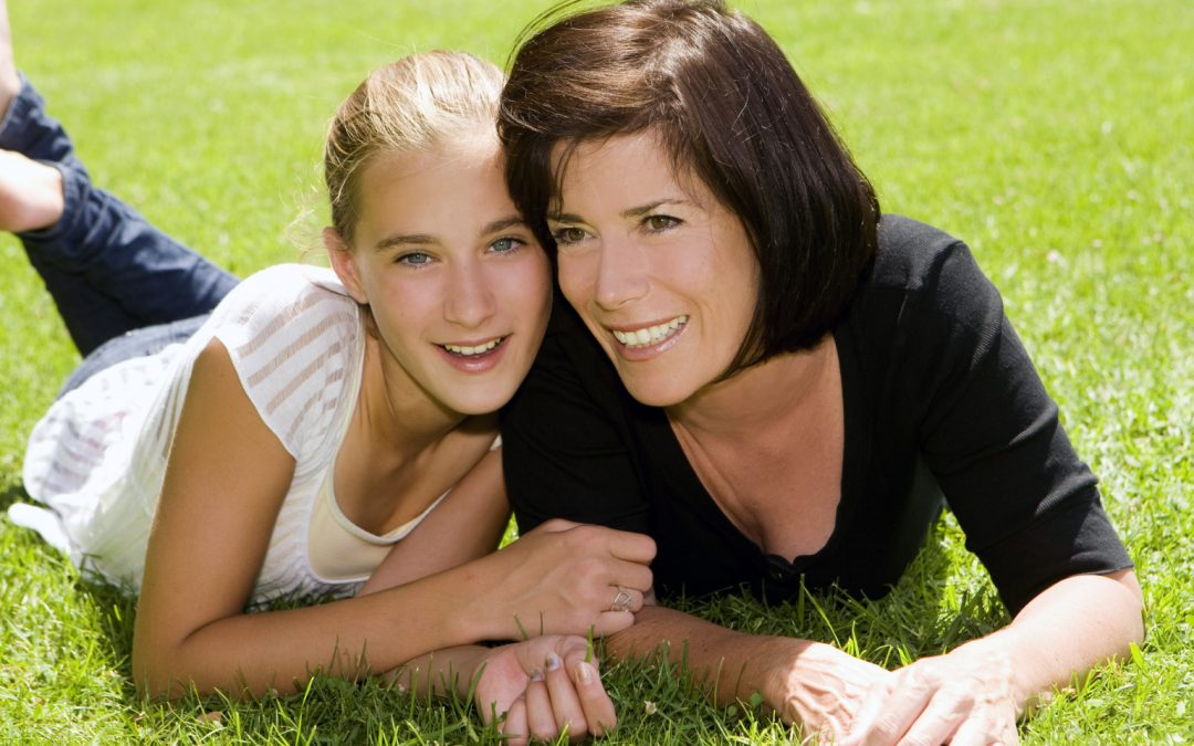 7 Tip on how to help your Teen cope with Divorce